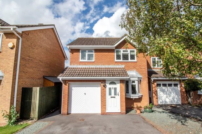Detached house for sale in Lapin Lane, Basingstoke