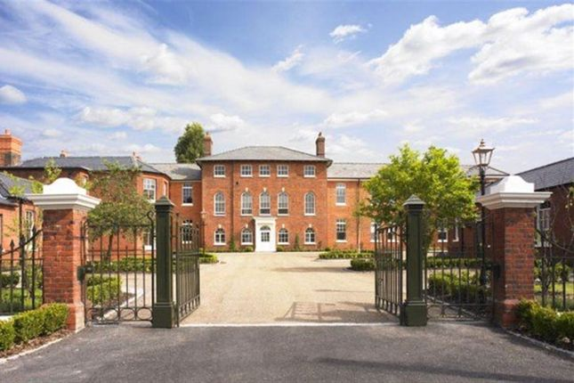 Thumbnail Flat to rent in Whitmore House, Old Saint Michaels, Braintree