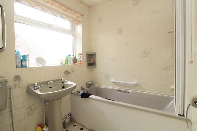 Bathroom of Sevenoaks Road, Eastbourne BN23