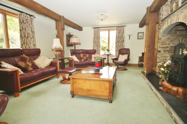 18 Bowood Park Camelford PL32 4 Bedroom Detached House For Sale