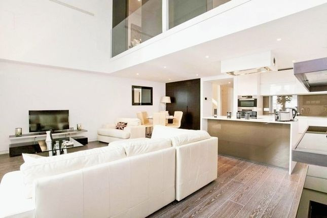 Thumbnail Flat to rent in Marconi House, 335 The Strand, Strand