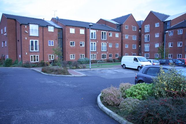 Thumbnail Flat to rent in Chaucer Street, Mansfield