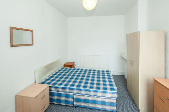Bedroom of Platt Lane, Fallowfield, Manchester M14
