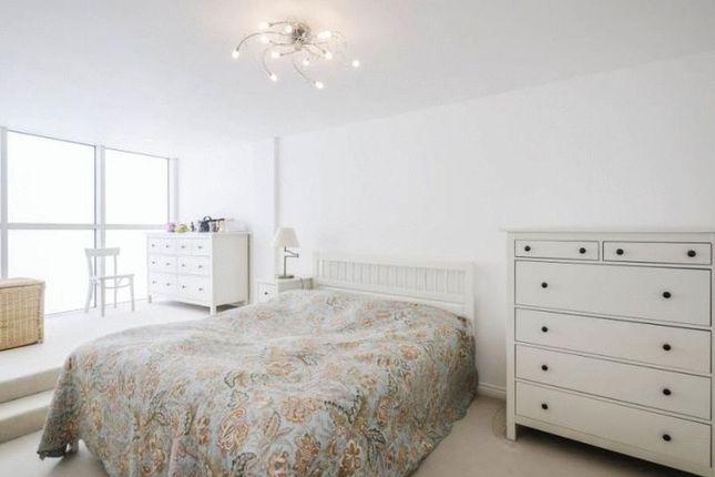 Thumbnail Flat to rent in Aldersgate Street, London