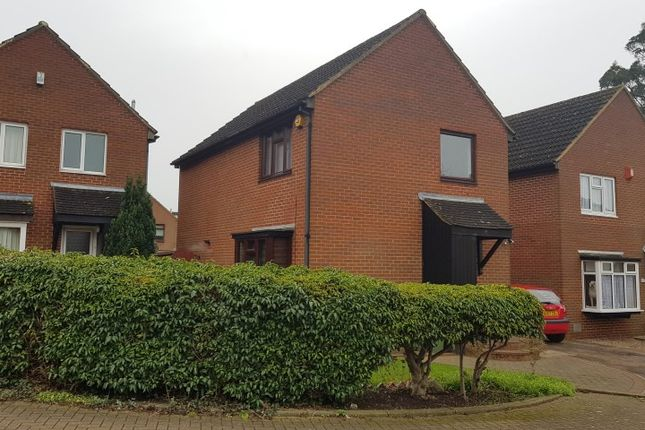 Thumbnail 3 bedroom detached house to rent in The Spinney, Bradwell, Milton Keynes