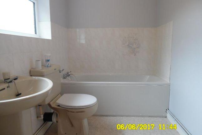 Bathroom of Belgrave Street, Eccles, Aylesford ME20