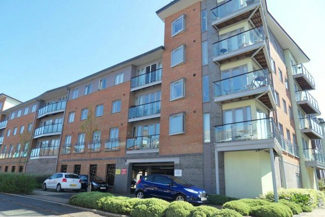 Thumbnail Flat for sale in Cameronian Square, Gateshead, Tyne And Wear