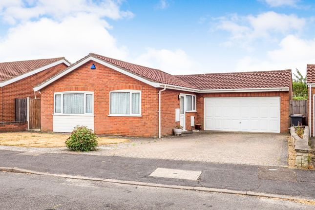 Thumbnail Detached bungalow for sale in Buckland Rise, Norwich