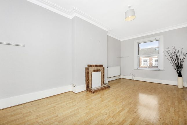Thumbnail Flat to rent in Salusbury Road, London