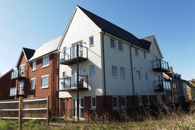 Thumbnail Flat for sale in Walker Mead, Biggleswade, Bedfordshire