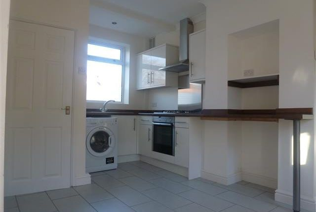 Thumbnail Property to rent in Henley Road, Leicester