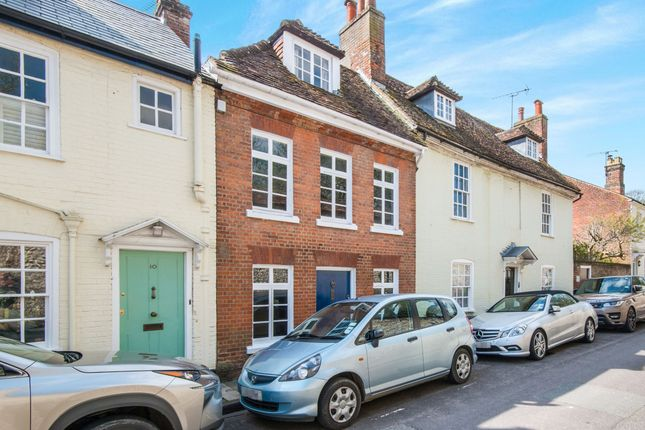 2 bed terraced house to rent in St. Swithun Street, Winchester SO23