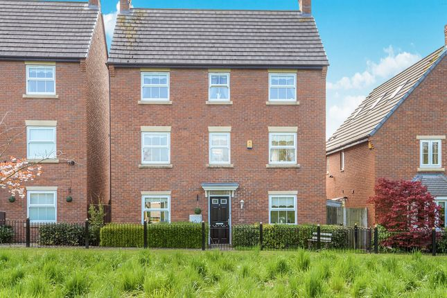 4 bed town house for sale in Applewood Grove, Halewood, Liverpool