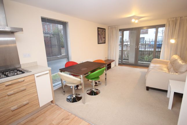 Thumbnail Flat to rent in Wall Street, Devonport, Plymouth