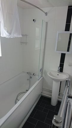 1 bed flat to rent in Adelaide Road, St Denys, Southampton