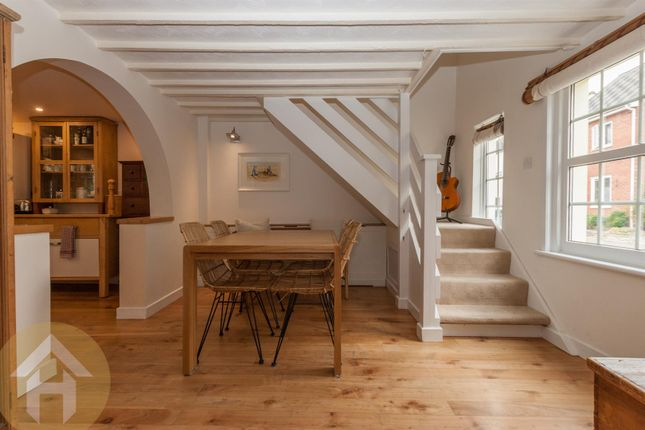 3 Bed Cottage For Sale In Wood Street Royal Wootton Bassett