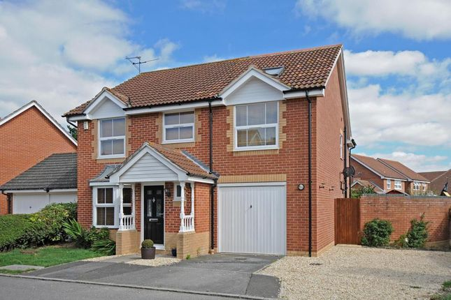 4 bed detached house to rent in Didcot, Itchen Court