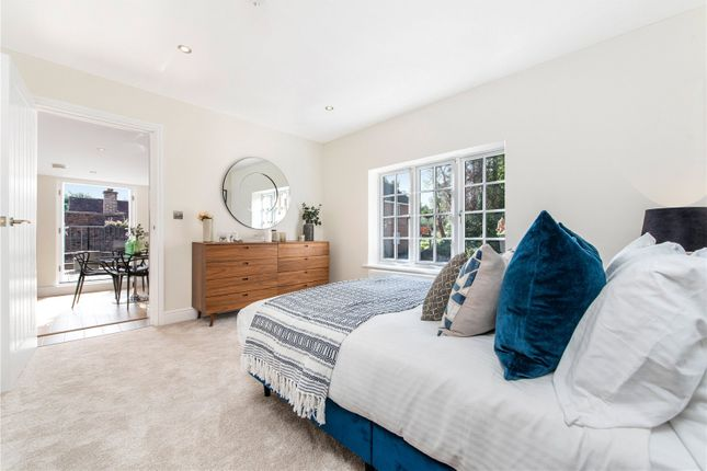 Flat for sale in The Old Red Lion, 62 High Street, Great Missenden