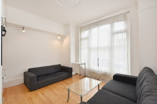 Thumbnail Flat to rent in Buer Road, Fulham