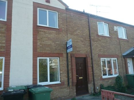 Thumbnail Town house to rent in Musgrave Rise, Bramley, Leeds