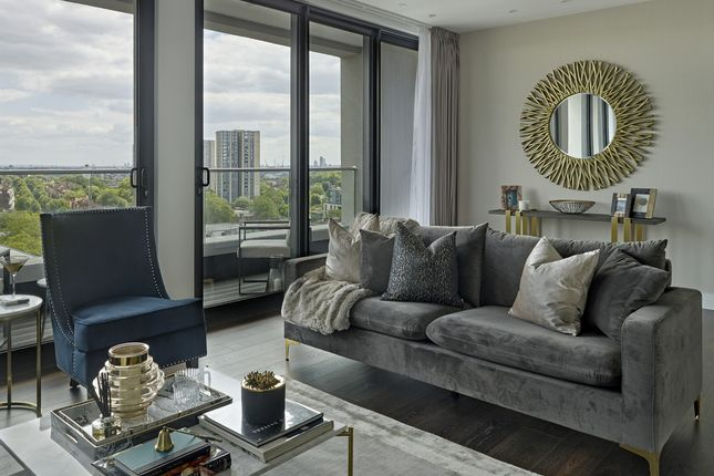 Thumbnail Flat for sale in Swiss Cottage, London