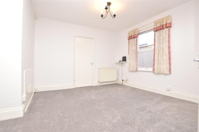 Thumbnail Flat to rent in Cotehele Avenue, Prince Rock, Plymouth, Devon
