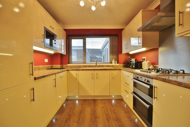 Thumbnail Semi-detached house to rent in Grenville Bay, Bilton, Hull