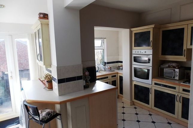 Thumbnail Terraced house to rent in Faulkland Road, Bath