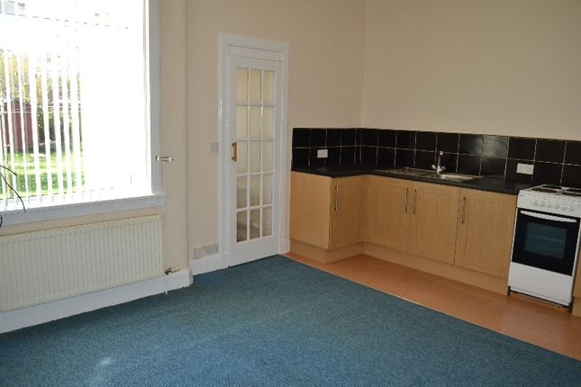 Thumbnail Flat to rent in Springvale Street, Saltcoats, North Ayrshire