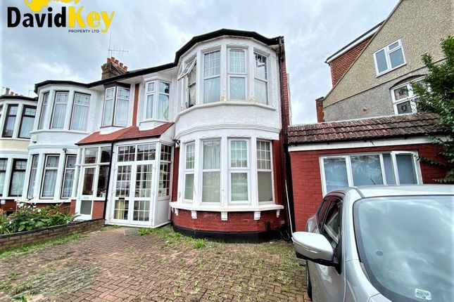 Thumbnail End terrace house for sale in Riverway, London