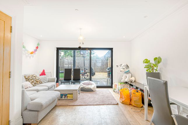 Thumbnail End terrace house to rent in Campdale Road, London