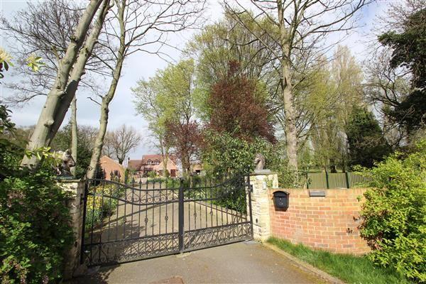 Thumbnail Detached house for sale in Royd Moor Lane, Hemsworth, Pontefract