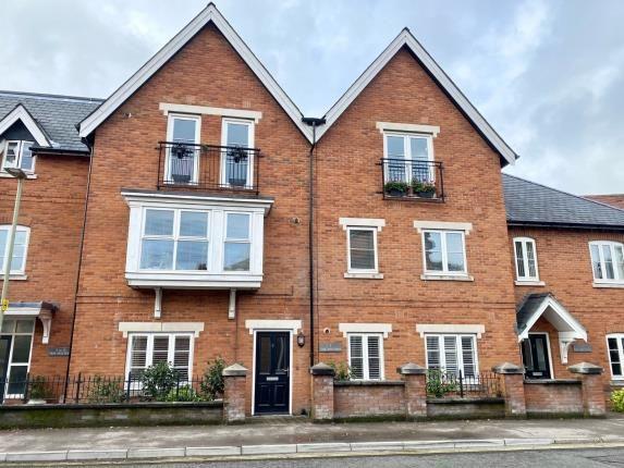2 bed flat for sale in Gosport Lane, Lyndhurst, Hampshire SO43