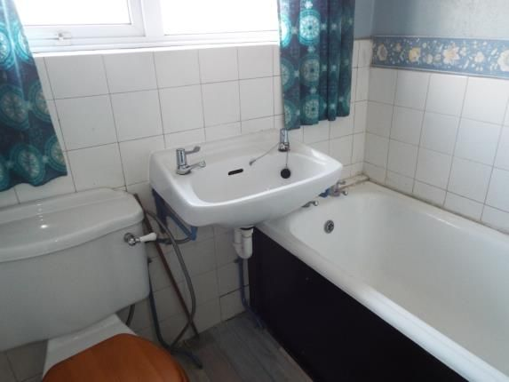 Bathroom of Denham Avenue, Allesley Park, Coventry, West Midlands CV5