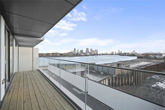 Picture No. 24 of Wyndham Apartments, 60 River Gardens Walk, London SE10