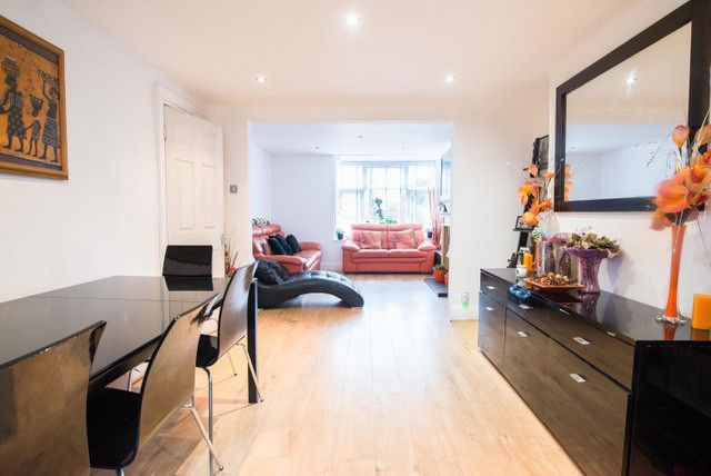 Thumbnail Terraced house for sale in South Park Crescent, London