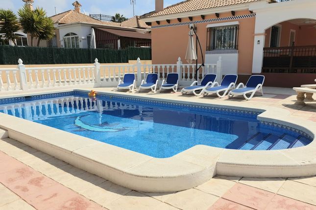 Thumbnail Detached bungalow for sale in La Marina, La Marina, Alicante, Valencia, Spain