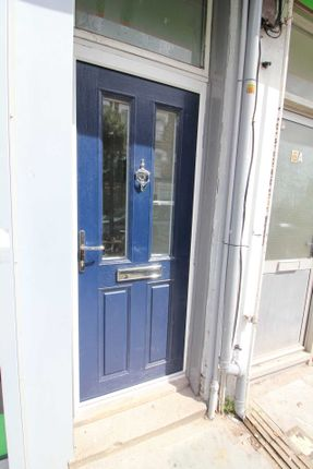 Thumbnail Flat to rent in Churchfield Road, Acton