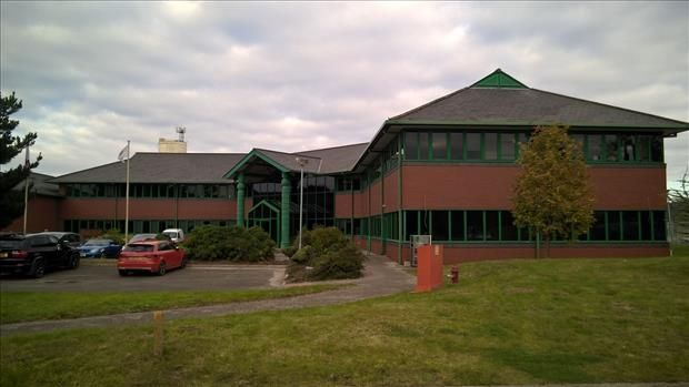 Office to let in Bridgewater House Business Centre, North Road, Ellesmere Port