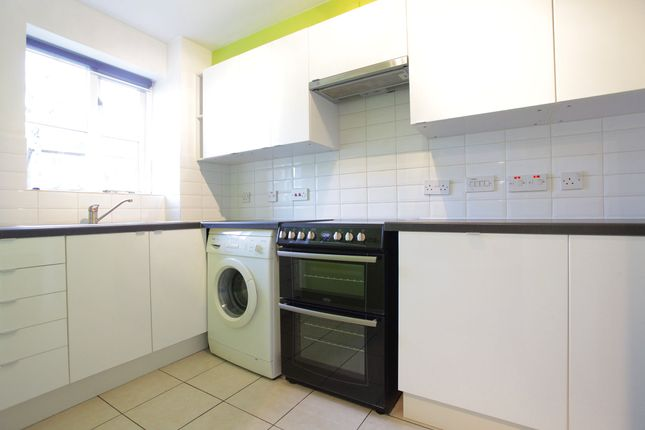 1 bed flat to rent in Warwick Rd, London