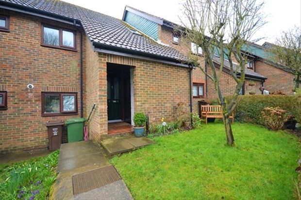 Thumbnail Maisonette to rent in The Terrace, Redbourn, St.Albans