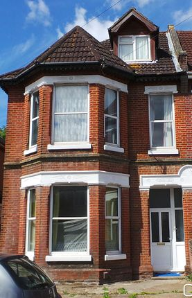 Thumbnail Semi-detached house to rent in Westridge Road, Southampton