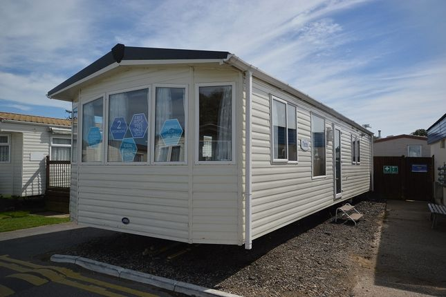 Thumbnail Mobile/park home for sale in Winchelsea Sands Holiday Park, Winchelsea, East Sussex.