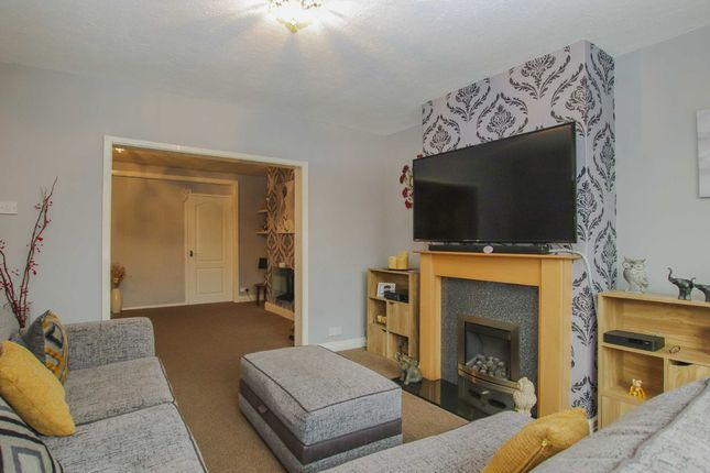Thumbnail Semi-detached house to rent in Lindsay Avenue, Swinton, Manchester