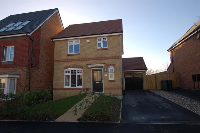 Thumbnail Detached house for sale in Denby Way, Cradley Heath