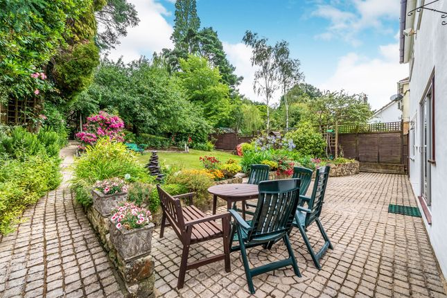 Thumbnail Detached house for sale in Hurst Farm Road, East Grinstead