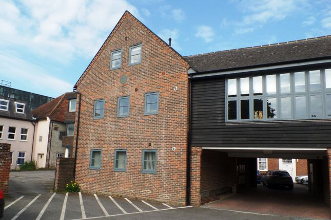 Thumbnail Flat to rent in Regnum Place, South Street, Chichester