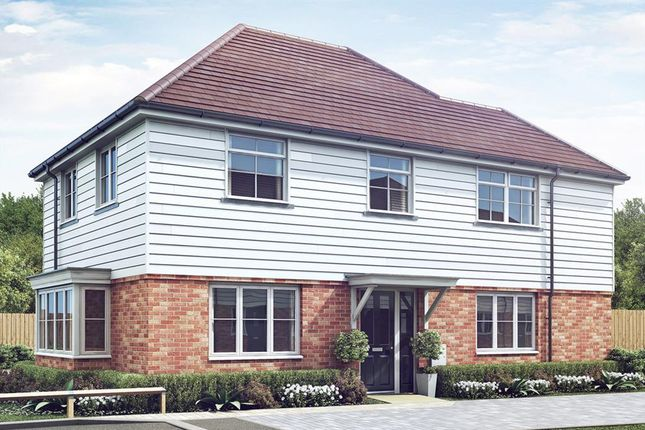 Thumbnail Detached house for sale in Blackberry Lane, Charing, Kent