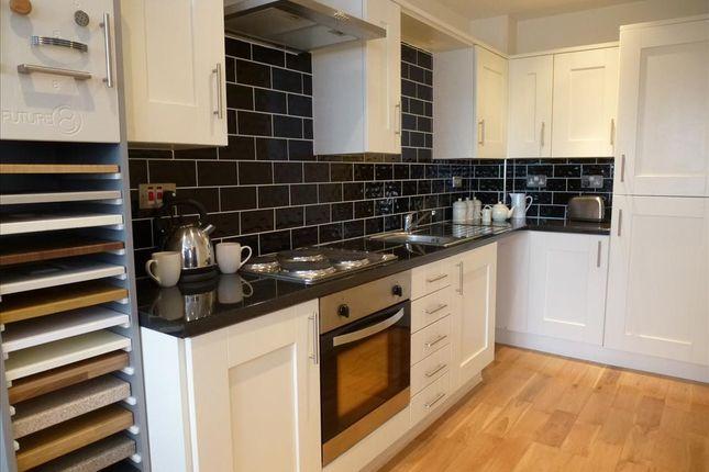 Kitchen of Richardshaw Lane, Pudsey LS28