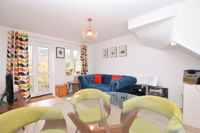 Thumbnail Terraced house to rent in Radcliffe Mews, Hampton Hill, Hampton